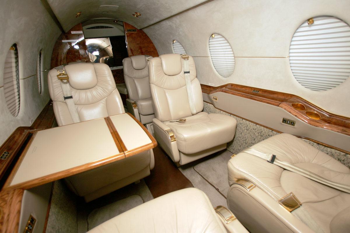 beechjet-400a-interior-2