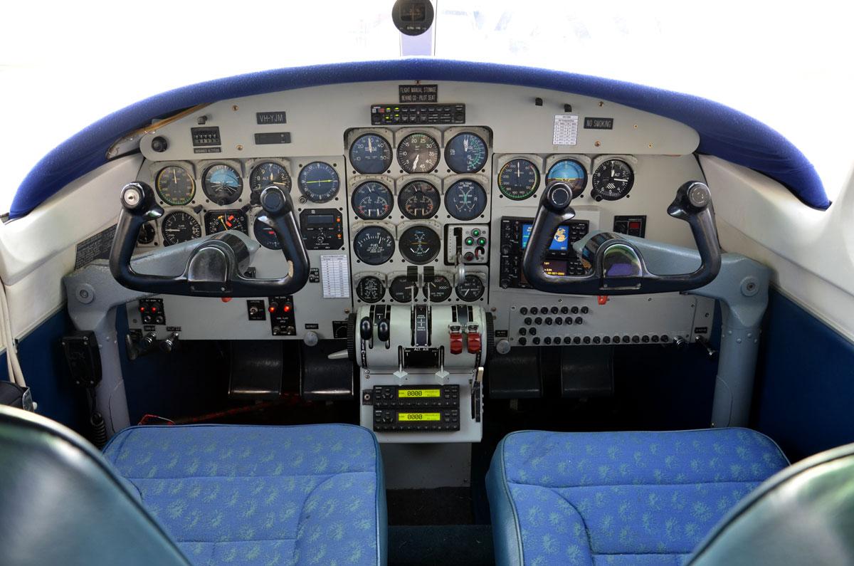 Aero Commander 500 Cockpit