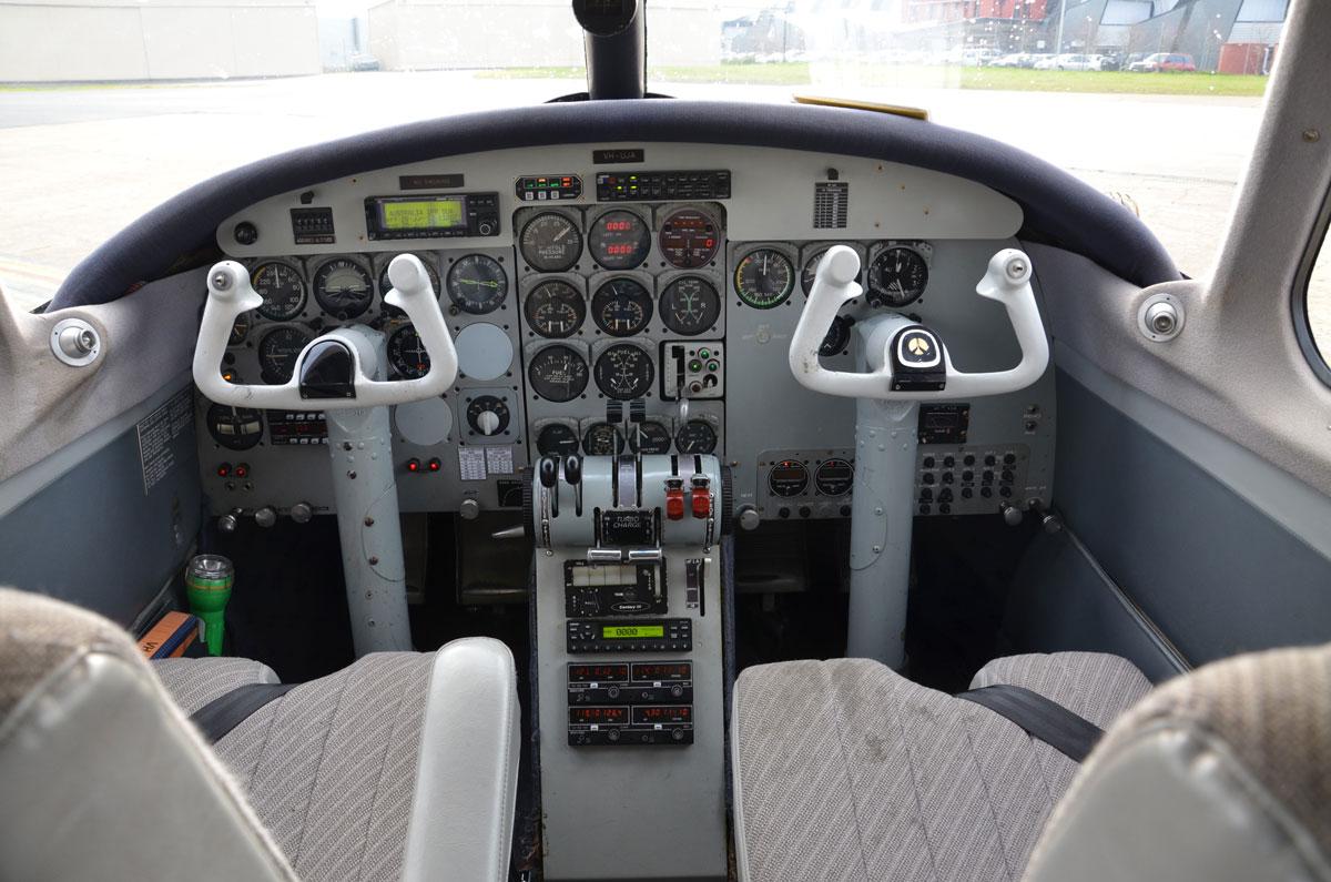 Aerocommander 680 Cock Pit